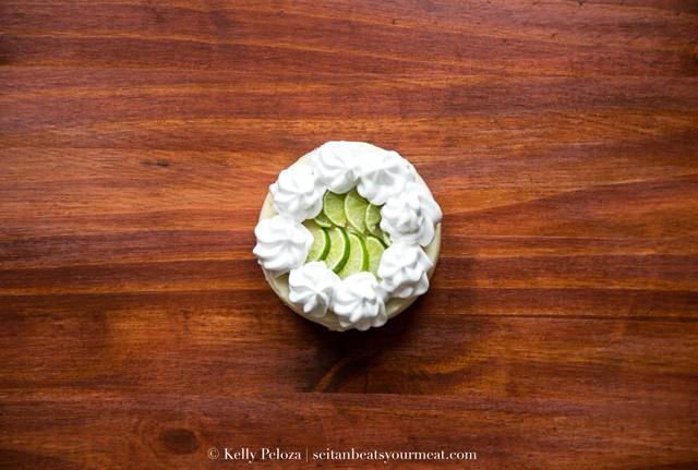 Vegan mini key lime pie