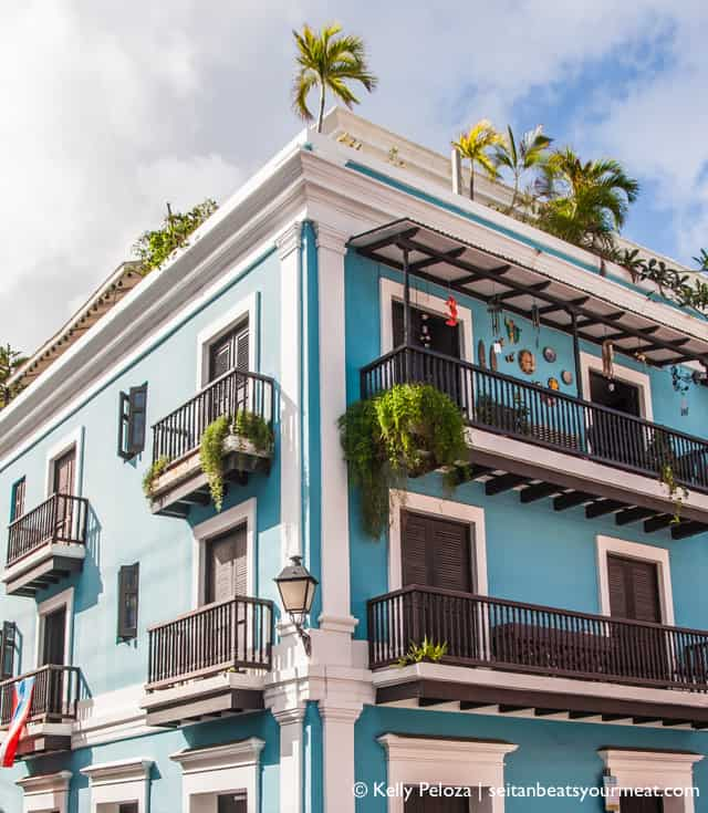 Colorful architecture in Old San Juan | Read about my solo trip to Puerto Rico on Seitan Beats Your Meat